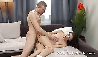 nerdy college cocksucker sits on his dick for a ride