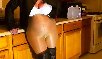 spandex angel  oiled up big tits  shiny pantyhose