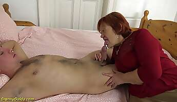 extreme creampie with chubby 79 years old mom