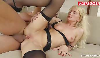 bree haze sexy czech tourist gets fucked in the ass by a big dick