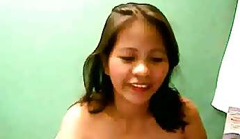 angel filipina chubby cam girl