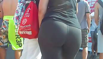 bubble butts milfs in tight lycra