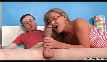milf empties stepsons balls sucking his thick cock